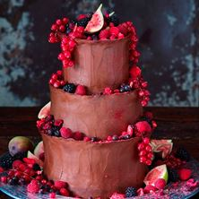 Picture of Raw chocolate wedding cake