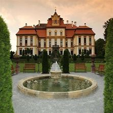 Picture of Ceremony Package Jemniste Chateau with Legalities