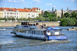 Picture of Boat Danubio Rental 1 hour cruise