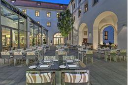 Obrázek z Augustine Hotel terasa