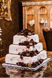 Obrázek z Svatební dort s čokoládovými růžemi
