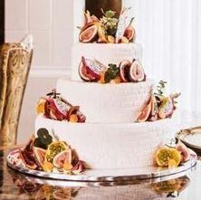 Obrázek Svatební dort s tropickým ovocem