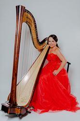 Picture of Harphist Katarina Sevcikova