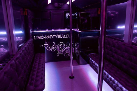 Obrázek z Limo Party Bus