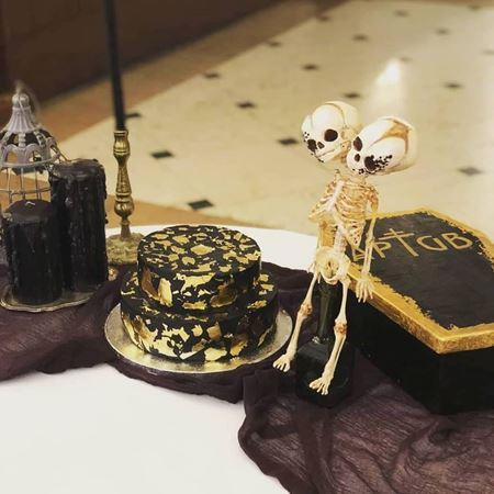 Obrázek z Černo zlatý svatební dort