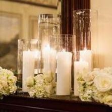Obrázek Bílé svíčky ve vázách