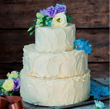 Obrázek z Marakujový svatební raw dort
