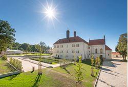 Picture of Chateau Clara Futura